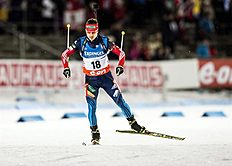 Ostersund (Sweden), 30/11/2013.- Russia's Evgeny Ustyugov is on his way to take the sixth place in the men's 10km sprint race of the Biathlon World...