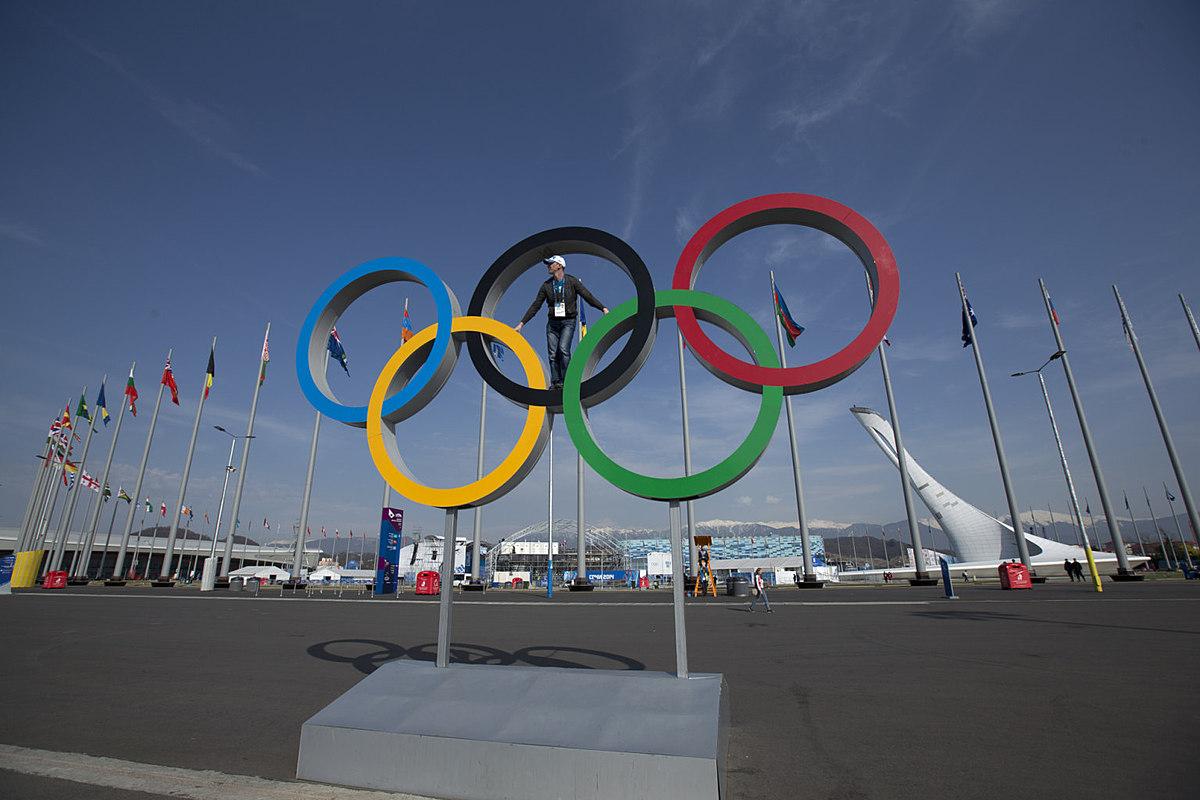 тех памятник олимпийских колец фото конструкция