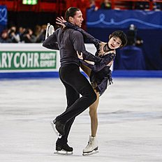 Yuko Kavaguti and Alexander Smirnov of Russia perform to win the pairs free skating at the European Figure Skating championships in Stockholm, Sweden,...