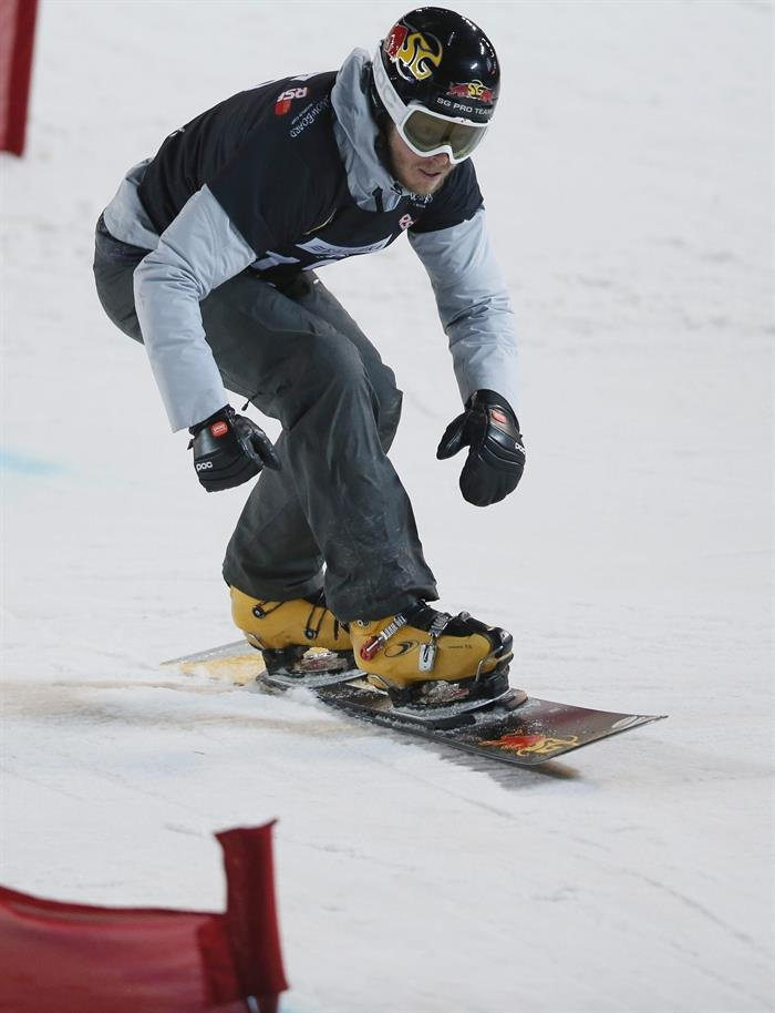 Snowboard (сноуборд): MOS. Moscow (Russian Federation), 07/03 фото (photo)