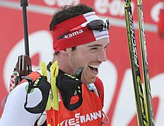 Khanty-mansiysk (Russian Federation), 21/03/2015.- Nathan Smith of Canada jubilates after winning the men's 12,5 km pursuit race at the IBU Biathlon...