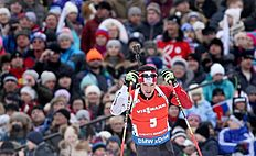 Khanty-mansiysk (Russian Federation), 21/03/2015.- Nathan Smith of Canada in action during the men's 12,5 km pursuit race at the IBU Biathlon World...