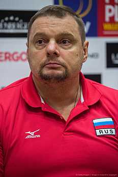 Russia's volleyball coach Vladimir Alekno speaks to reporters during a press conference in Berlin January 4, 2016, ahead of the 2016 Men's Volleyball Olympic Qualification tournament. / AFP / John MACDOUGALL