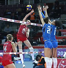 Russia Antonella Del Core(2-L) vies with Italy Stefania Sansonna(2-R) and Valentina Diouf(R) during the Women's European Olympic Qualification volleyball match on January 5, 2016 in Ankara. / AFP / ADEM ALTAN