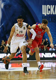 MOSCOW, RUSSIA — JANUARY 07: Gustavo Ayon, #14 of Real Madrid competes with Joel Freeland, #19 of CSKA Moscow in action during the Turkish Airlines Euroleague Basketball Top 16 Round 2 game between CSKA Moscow v Real Madrid at USH CSKA on January 7, 2016 in Moscow, Russia.