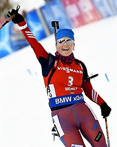 . Anterselva (Italy), 23/01/2016.- Russia's Ekaterina Yurlova celebrates as she crosses the finish line to win the women's 10km Pursuit race during the Biathlon World Cup at the Suedtirol Arena Alto Adige in Anterselva (Antholz), Italy, 23 January 2016. (Italia) EFE/EPA/CLAUDIO ONORATI
