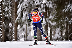 ANTHOLZ-ANTERSELVA, ITALY — JANUARY 23: (FRANCE OUT) Dorothea Wierer of Italy competes ahead of taking 3rd place during the IBU Biathlon World Cup Women's Pursuit on January 23, 2016 in Antholz-Anterselva, Italy.