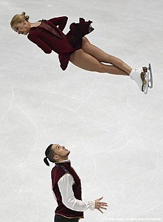 Tatiana Volosozhar (Top) and Maxim Trankov (Bottom) of Russia compete during pairs free skating during the European Figure Skating Championship in Bratislava on January 30, 2016. / AFP / JOE KLAMAR