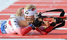 MS01. Canmore (Canada), 05/02/2016.- Second-place finisher Krystyna Guzik of Poland takes aim at a target in the Women's 7.5 km biathlon sprint event at the World Cup Biathlon in Canmore, Alberta, Canada, 05 February 2016. (Polonia) EFE/EPA/MIKE STURK