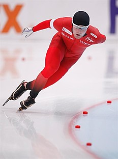 MOS. Kolomna (Russian Federation), 13/02/2016.- Sverre Lunde Pedersen of Norway competes the Men's 5000m race during the ISU World Single Distances Speed Skating Championships 2016 at the Kometa Stadium in Kolomna, Russia, 13 February 2016. Pedersen of Norway won the bronze medal. (Noruega, Rusia) EFE/EPA/SERGEI ILNITSKY