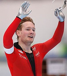 MOS. Kolomna (Russian Federation), 13/02/2016.- Sverre Lunde Pedersen of Norway celebrates after the Men's 5000m race during the ISU World Single Distances Speed Skating Championships 2016 at the Kometa Stadium in Kolomna, Russia, 13 February 2016. Pedersen of Norway won the bronze medal. (Noruega, Rusia) EFE/EPA/SERGEI ILNITSKY