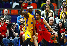 MOSCOW, RUSSIA — FEBRUARY 25: Milos Teodosic, #4 of CSKA Moscow competes with Tyrese Rice, #0 of Khimki Moscow Region in action during the 2015-2016 Turkish Airlines Euroleague Basketball Top 16 Round 8 game between CSKA Moscow v Khimki Moscow Region at Megasport Arena on February 25, 2016 in Moscow, Russia.