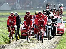 The Katusha cycling team from Russia competes during the cycling race Paris — Roubaix near Haveluy, northern France, on April 7, 2016. / AFP / FRANCOIS LO PRESTI