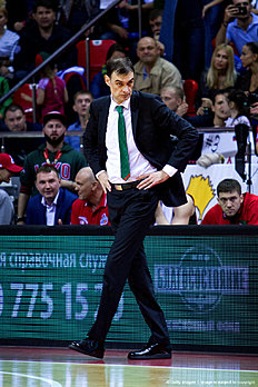 KRASNODAR, RUSSIA — APRIL 13: Georgios Bartzokas, Head Coach of lokomotiv Kuban Krasnodar during the 2015-2016 Turkish Airlines Euroleague Basketball Playoffs Game 1 between Lokomotiv Kuban Krasnodar v FC Barcelona Lassa at Basket Hall on April 13, 2016 in Krasnodar, Russia.