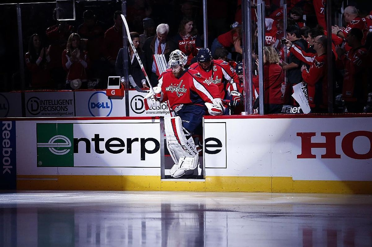 Хоккей в России: Washington Capitals goalie Braden Holtby (70 фото (photo)