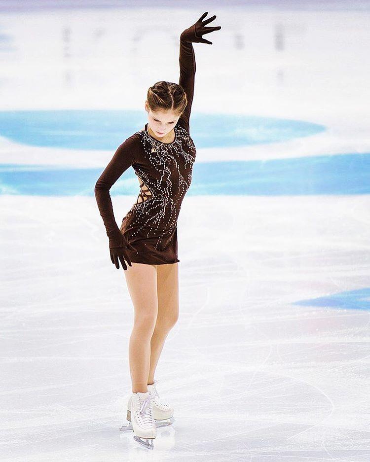 Юлия липницкая фото в максим