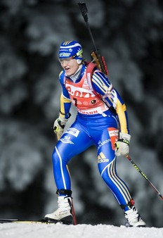 Sweden's Anna-Carin Zidek skies and wins the Women's Biathlon 15km individual race on December 1, 2010 in Ostersund.