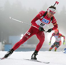 Oberhof (Germany), 06/01/2013.- Norwegian biathlete Ole Einar Bjoerndalen in action during the Men's pursuit race at the Biathlon World Cup in...